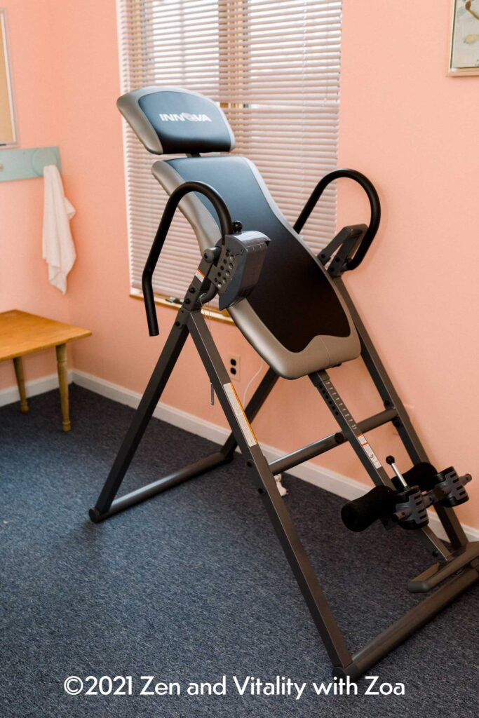 Inversion Table for releasing spinal compression